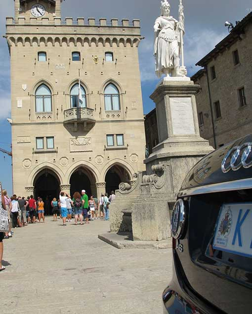 """San Marino: la """"patacca"""" diplomatica sulle auto blu della Repubblica"""