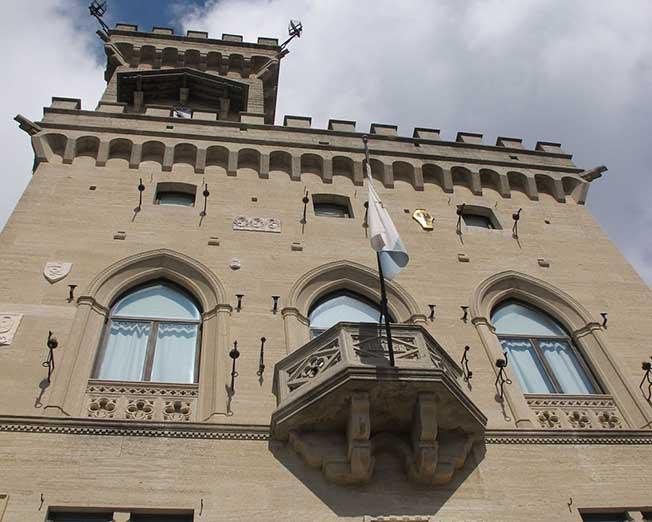 """San Marino: """"Governo e Banca Centrale si muovono nell'illegalità, adesso basta"""""""