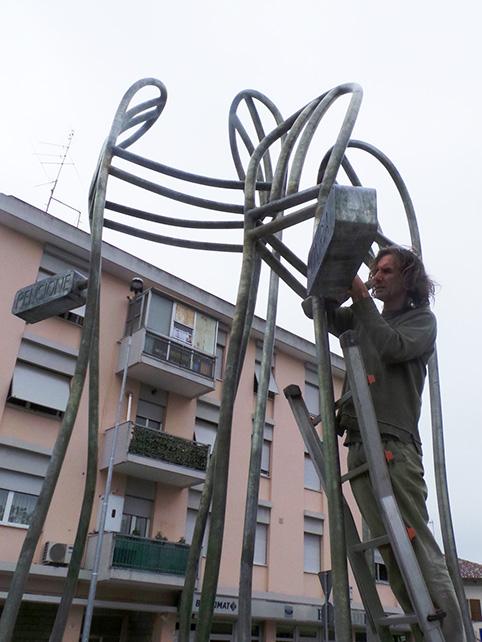 """""""Pensione Oniria"""": una rotatoria da 25 mila euro"""