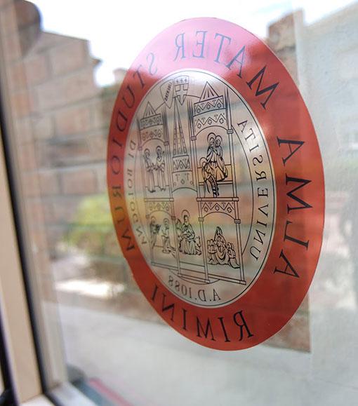 """""""L'università a Rimini non serve per nobilitare i bagni"""""""