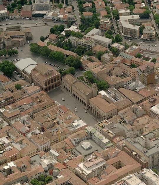 S'avanza un candidato per il centrodestra: sconsigli di Bruno Sacchini