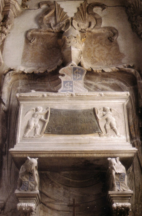 Dialoghi col massone/3: i demoni nel Tempio Malatestiano, il pregiudizio in città