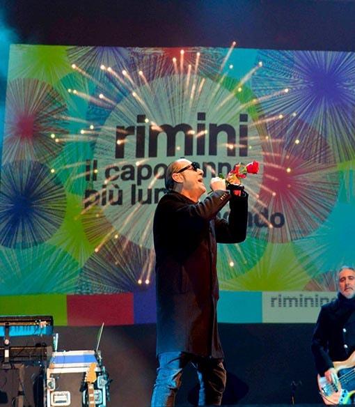 Per il concerto di Luca Carboni il Comune di Rimini ha speso quasi 150 mila euro