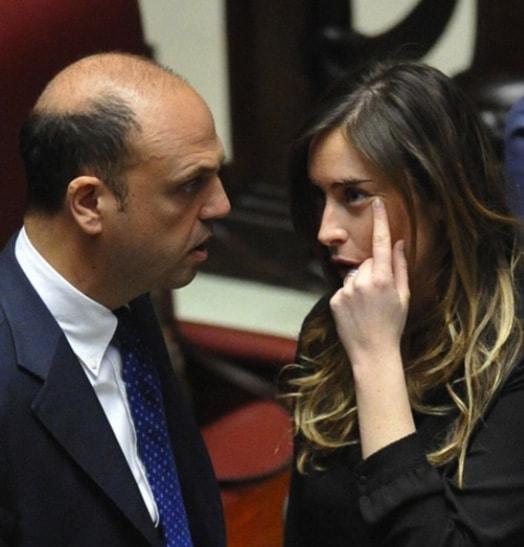 Il ministro Boschi e Alfano (con mezzo governo Renzi) al Meeting di Rimini