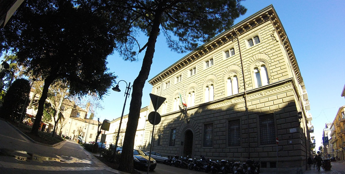 Ma gli industriali di Rimini non dovevano contribuire al salvataggio di Banca Carim?