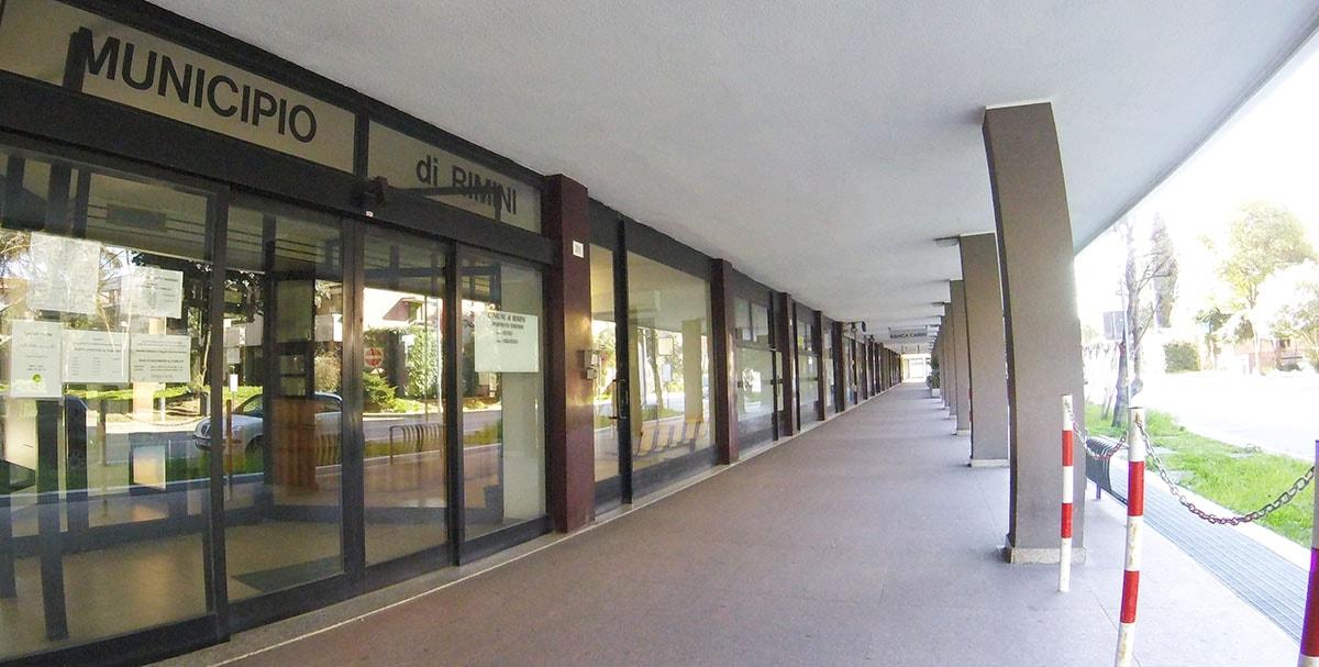 Una Rosaspina… dalle uova d'oro: 811mila euro l'anno per 7mila mq di uffici comunali