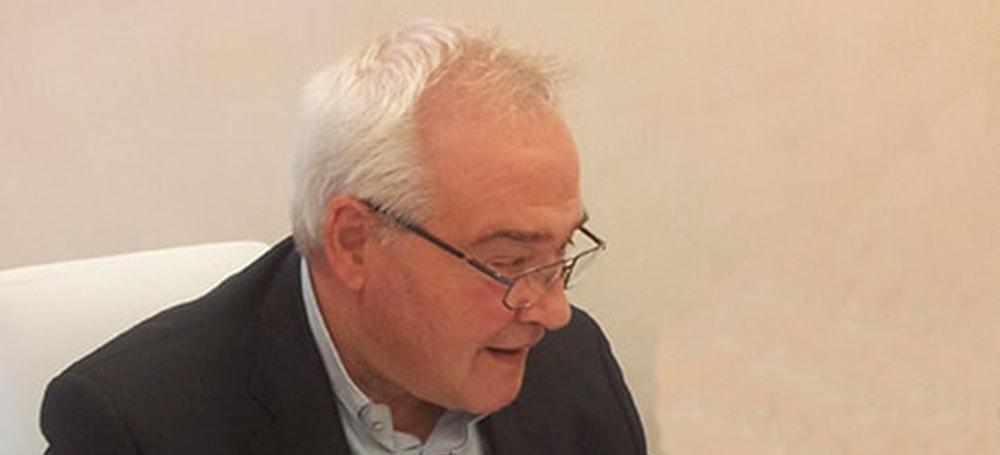 Mons. Negri irrompe nel dibattito su Chiesa e gay: la sfida della omoeresia
