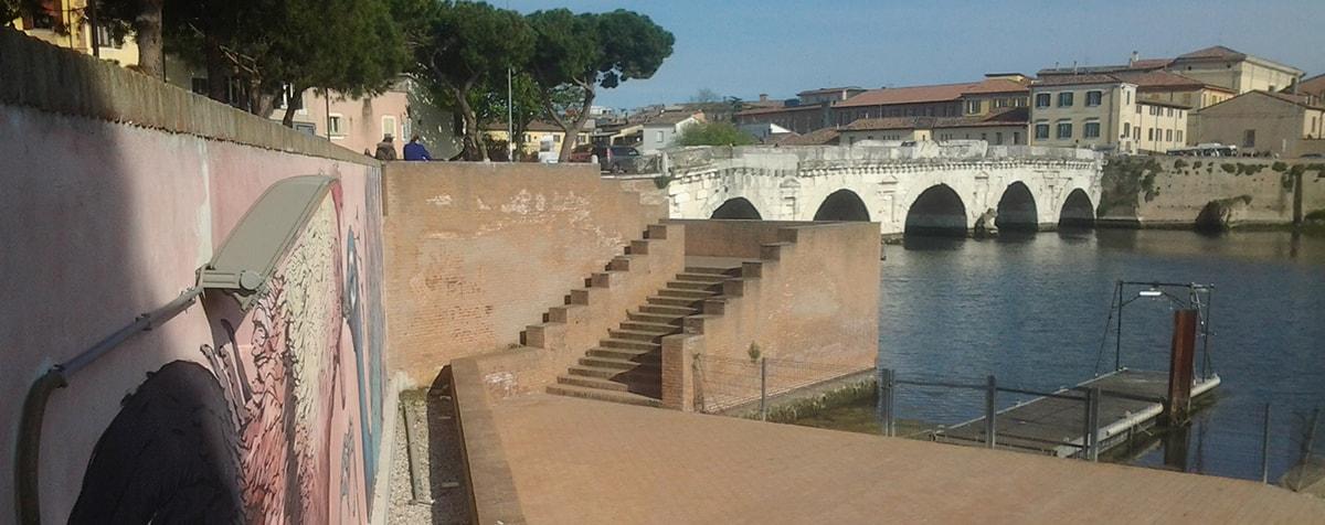 """Ponte di Tiberio: """"Una inutile, indebita e inaccettabile manomissione del sito storico"""""""