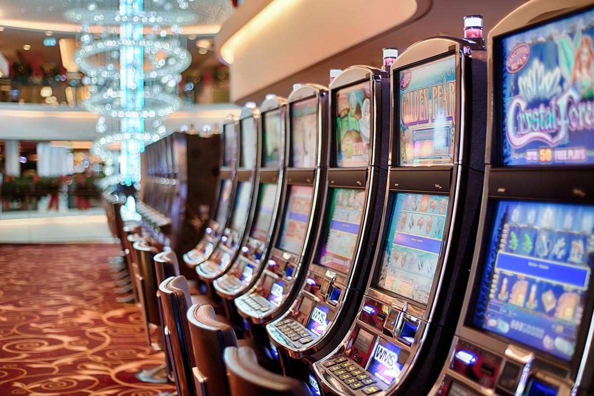 Il gioco d'azzardo avvelena Rimini: 1.251 euro pro capite buttati nelle slot