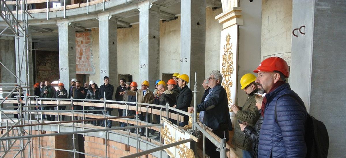 Teatro Galli: contenzioso con l'appaltatore, il Comune sgancia 324 mila euro