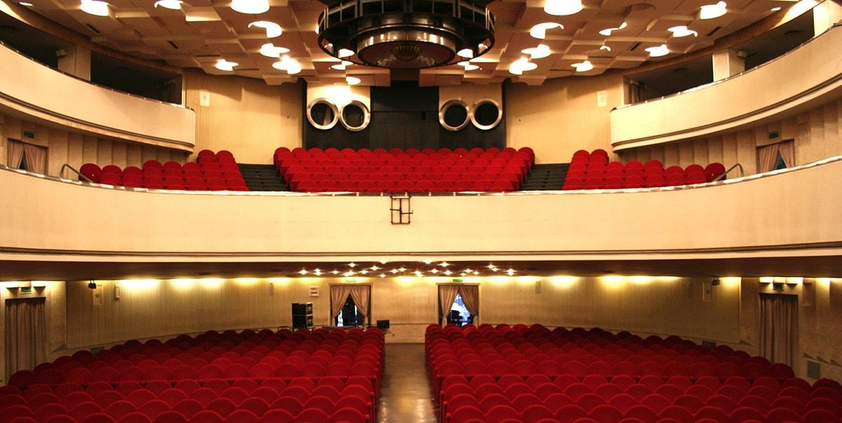 A Rimini il teatro è un bisogno biologico, come fare la pipì
