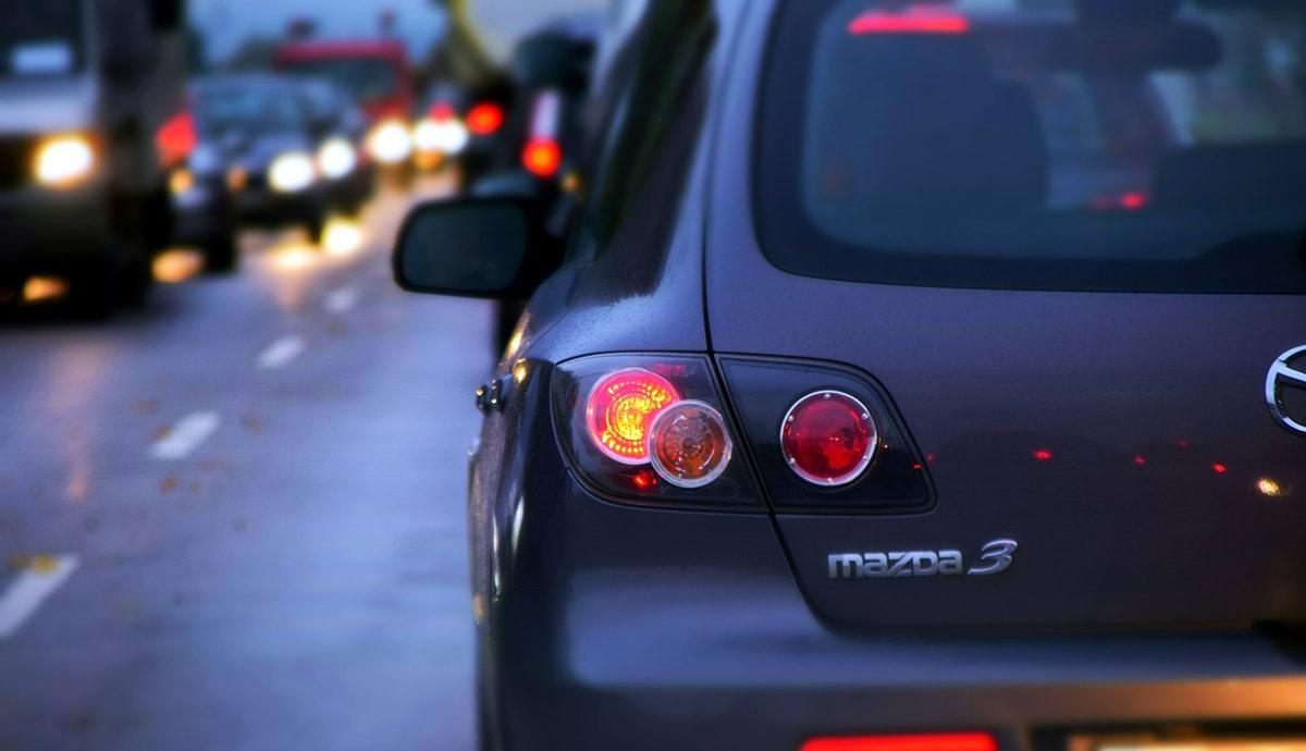 Servono strade scorrevoli e senza buche, il Comune risponde col marketing