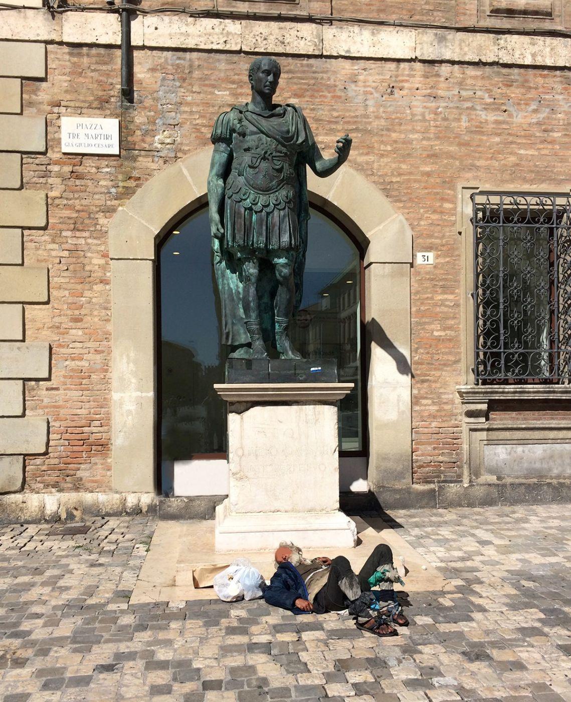 Il senzatetto e l'imperatore