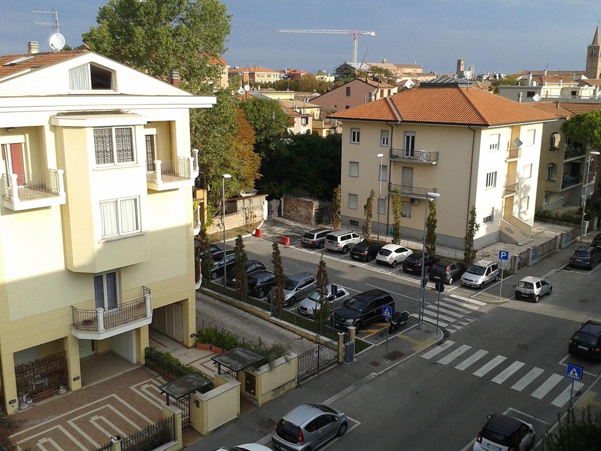 Via Cignani: un altro caso della serie Agenzia delle Dogane no ma tutto il resto…