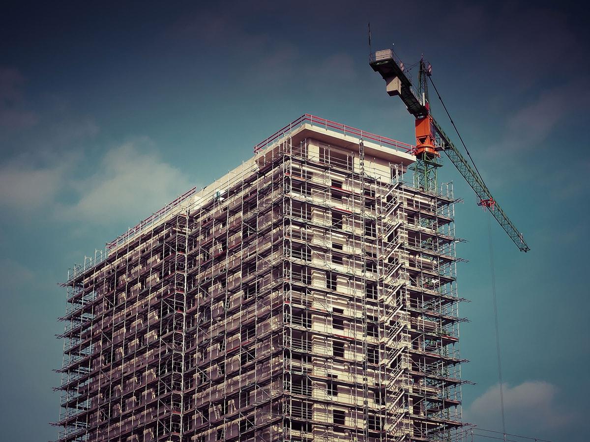 Crollo dell'edilizia a Rimini: in dieci anni i permessi di costruire sono precipitati dell'88 per cento