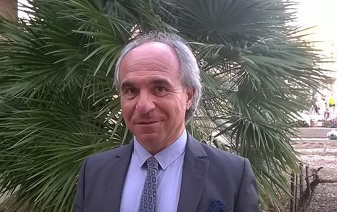 """""""Chi vuole amministrare una città deve possedere una adeguata formazione"""". Gabriele Bucci scende in campo a Bellaria ma le canta a tutti"""
