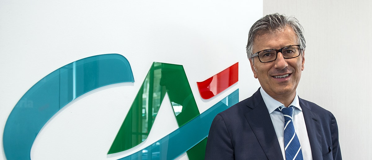 Il blitz di Crédit Agricole: annunciata la fusione che i territori ignoravano