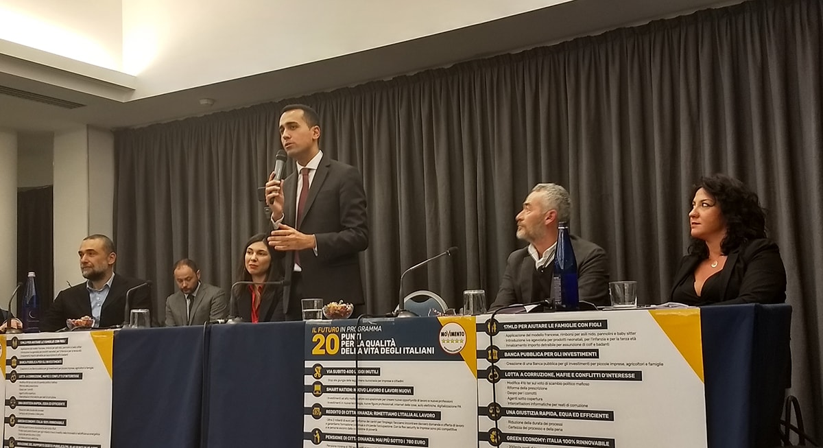 """Di Maio: """"In Emilia Romagna agli elettori di sinistra il Pd rifila candidati di destra: Casini, Lorenzin, Pizzolante"""""""
