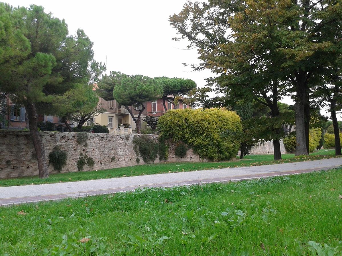 Il monumento peggio conservato di Rimini? Le mura malatestiane