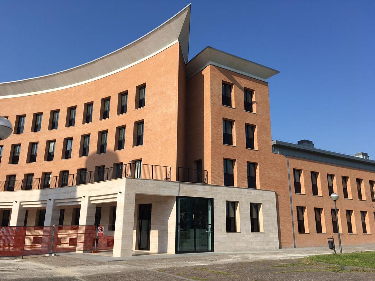 Romagna Acque galleggia sull'oro blu e non si fa mancare nemmeno una sede da 6 milioni di euro
