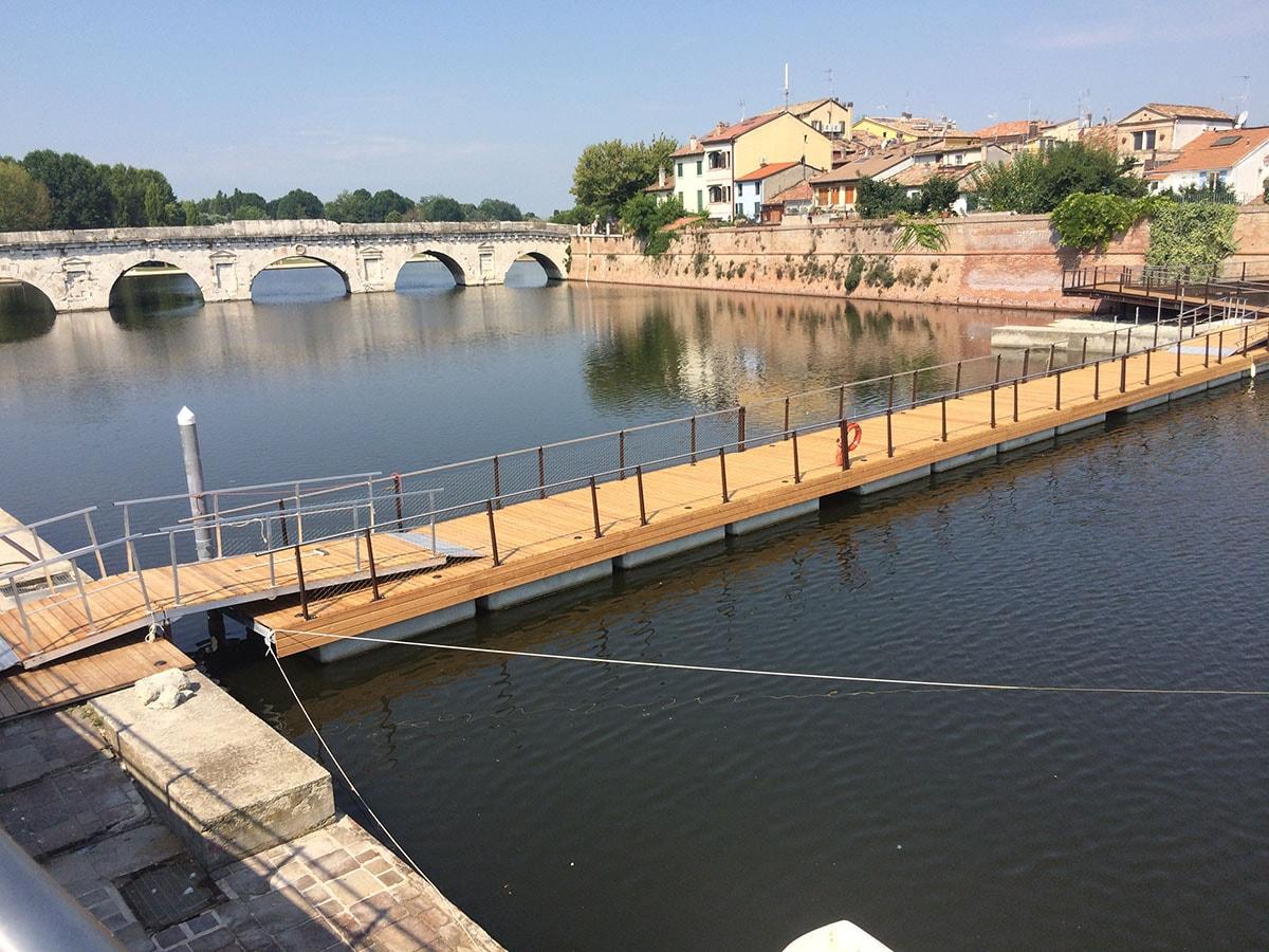 Passerella galleggiante Tiberio: fra rendering e realtà