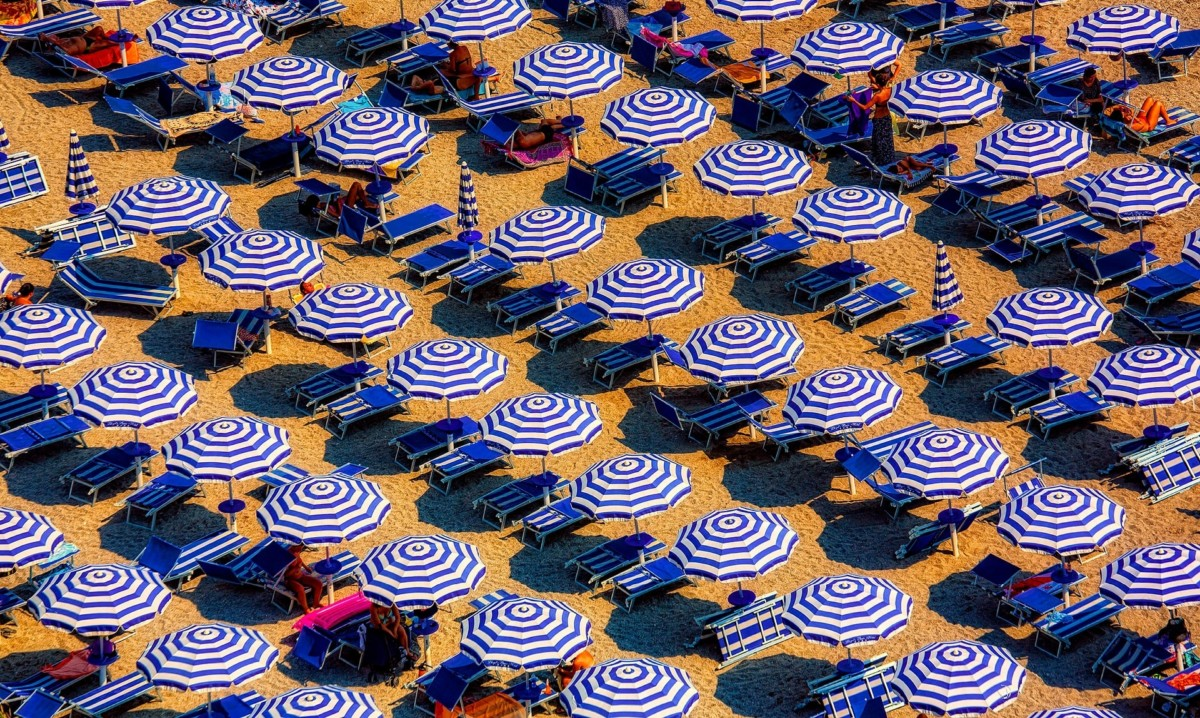 """""""Pagate l'Imu sugli ombrelloni"""": l'Agenzia delle Entrate presenta il conto ai bagnini"""