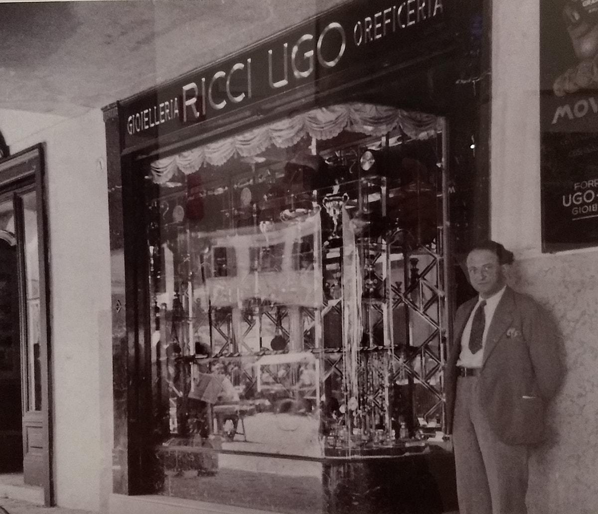 """La lettera: """"Del centro storico di Rimini restano i riflessi delle vetrine di un tempo"""""""