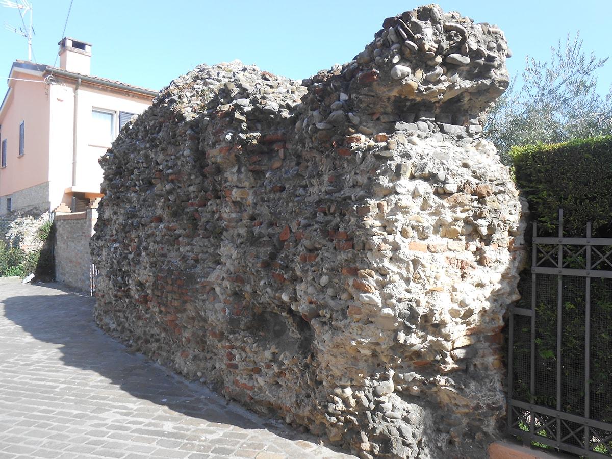Le terze mura medievali a mare di Rimini e del Borgo di San Giuliano