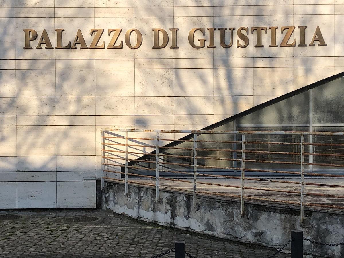 Il palazzo di Giustizia reclama manutenzione e decoro
