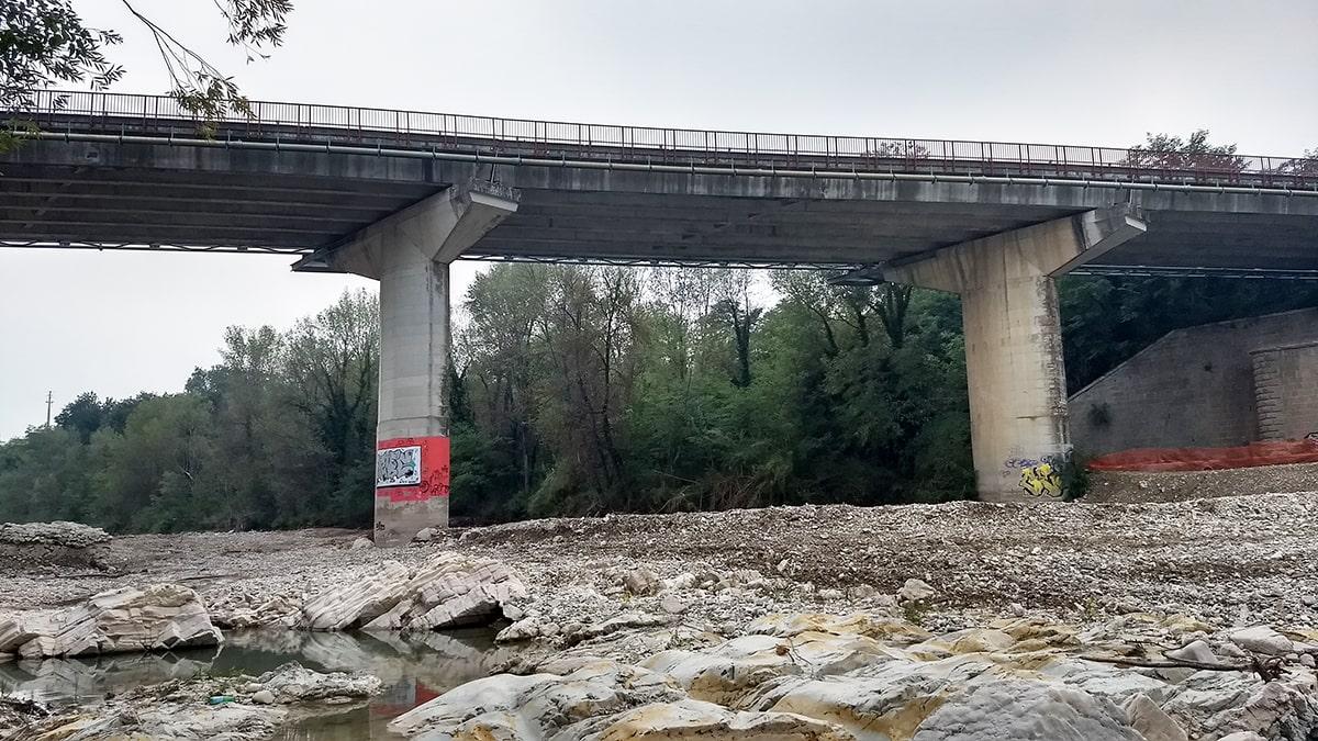Ponte di Verucchio: pur di riaprirlo prima del 26 gennaio da domenica si viaggerà con limitazioni