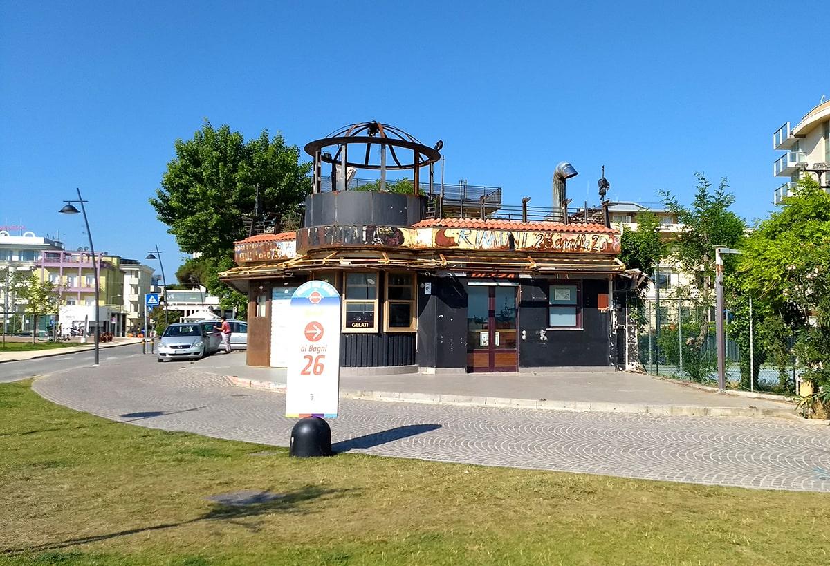 """Demolizione in vista anche per il ristorante """"fratelli la Bufala"""""""
