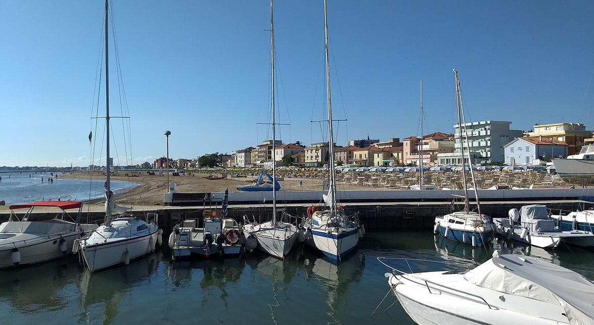 A Rimini ufficialmente solo il 5% degli alberghi accetta il bonus vacanze