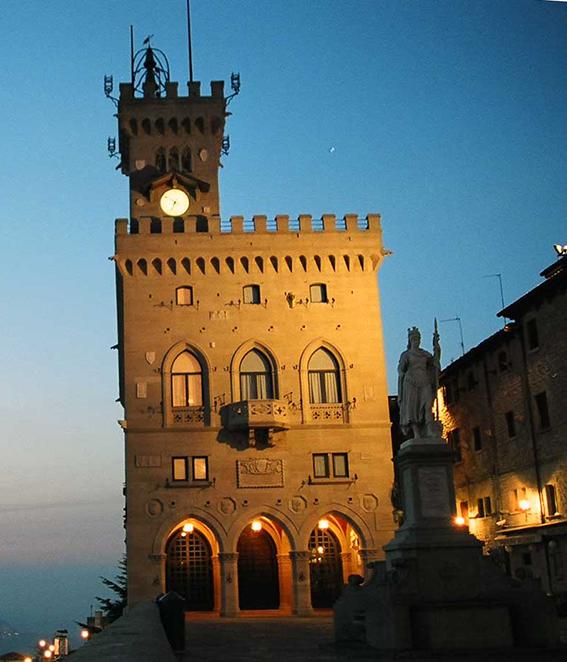 """Capitani Reggenti come cocorite: """"Le Monde"""" sbeffeggia San Marino"""