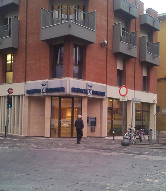 """Il Tribunale """"boccia"""" l'ingerenza bolognese su Banca di Rimini"""