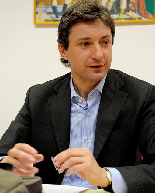 """""""Sindaco assenteista"""", la rivolta del consiglio comunale di Rimini"""