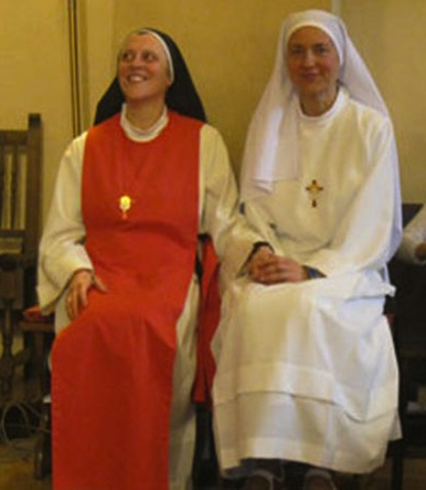 Dai palazzi del governo al monastero di Pietrarubbia, la straordinaria storia di Tina