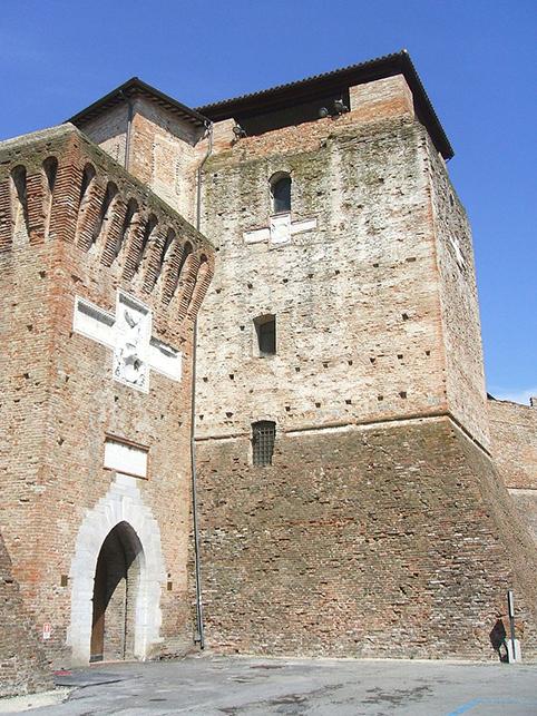 L'ignorantezza riscrive la storia: per il sindaco Castel Sismondo è … medievale