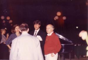 Elisabetta Sgarbi, Tondelli (di spalle), Moreno Neri e Renato Barilli