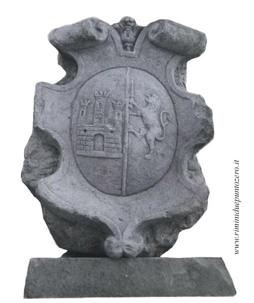 Il giallo di un antico stemma di matrimonio scomparso dalla chiesa di S. Martino in XX