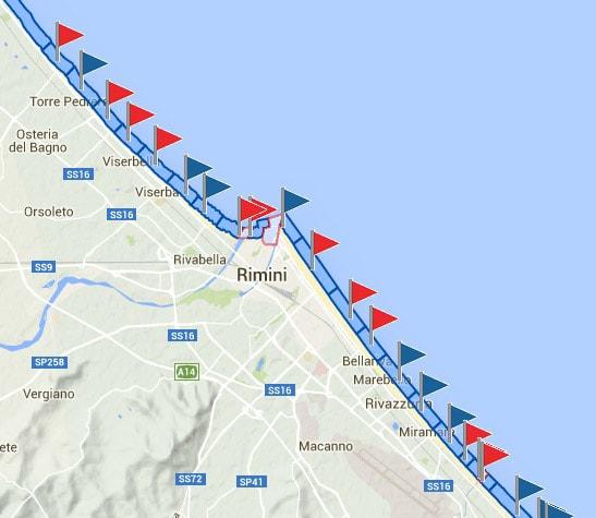 """Battesimo del mare per """"Gnassi 2"""": turisti increduli davanti a quello che galleggia"""
