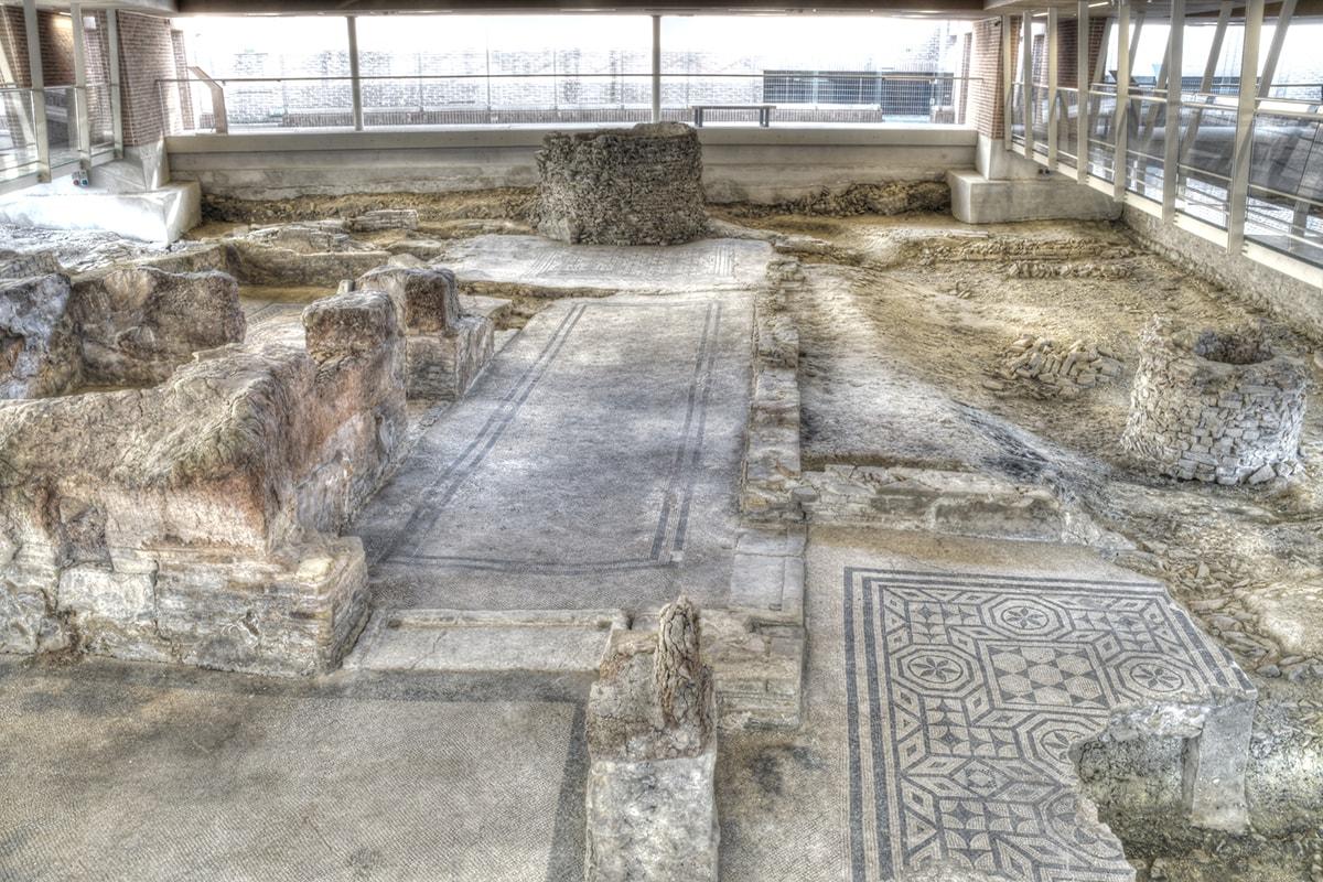Storie d'estate, scoprendo i monumenti di Rimini