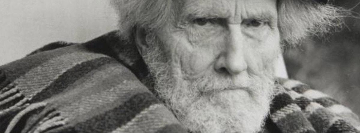 """Che ci fa un assessore (alle Arti) """"poundiano"""" nel Comune che ha esiliato Ezra Pound?"""