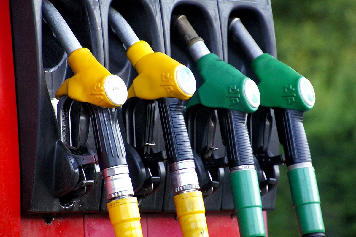 Stangata carburante: fare il pieno a Rimini costa il 14,73% in più dello scorso anno