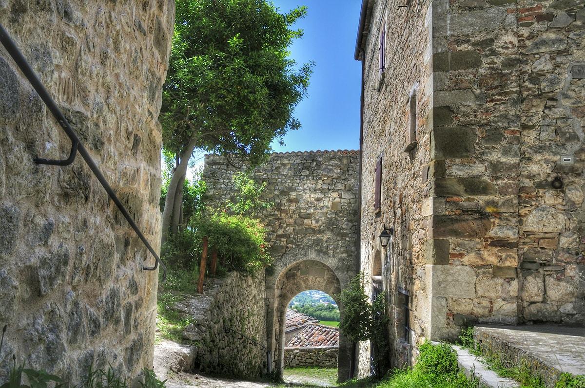 La fotografia: Petrella Guidi, la gemma dell'Alta Valmarecchia