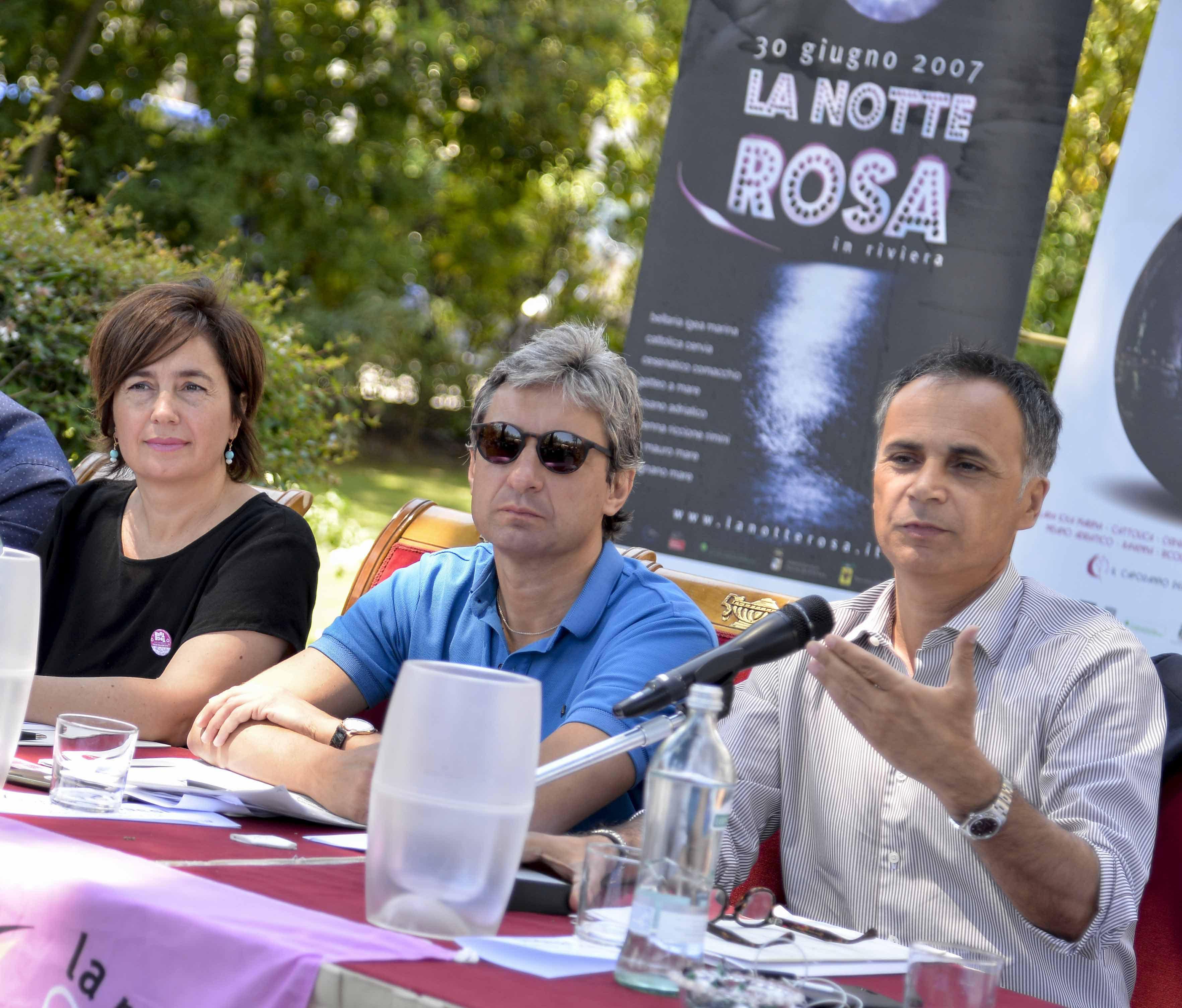 La Notte Rosa è come Andrea Gnassi, il Dorian Gray della politica: sembra giovane ma è un matusa