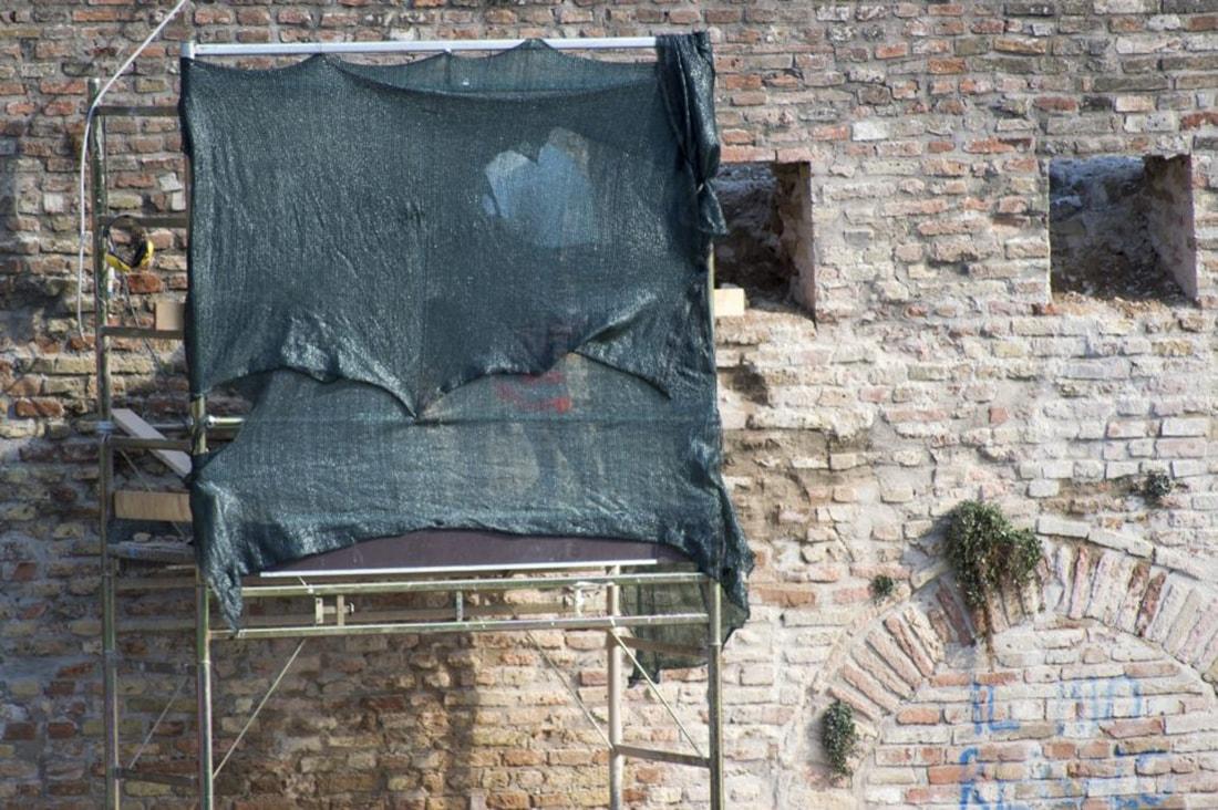 Ponte di Tiberio: esposto di Italia Nostra, che chiede il sequestro dei cantieri