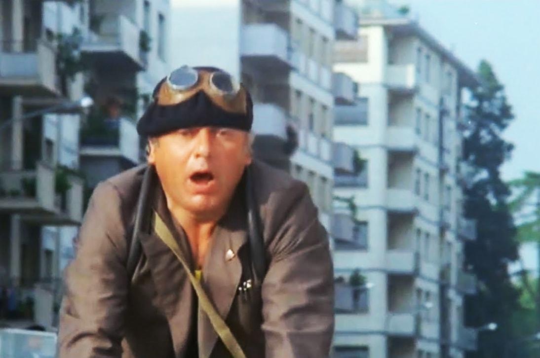 In sella, alla bersagliera… la tragicomica commedia della sicurezza a Rimini