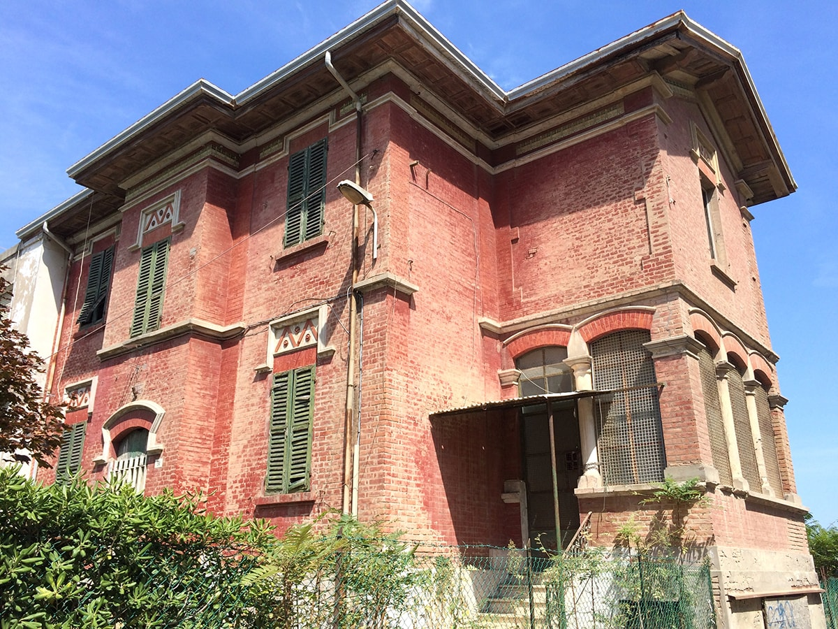 Viserba, Villa Bavassano: scandalo al sole