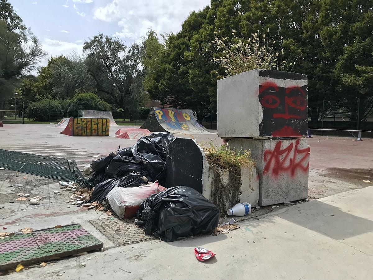 """Lo """"skate park"""" costato 75mila euro è ridotto così: da non credere"""