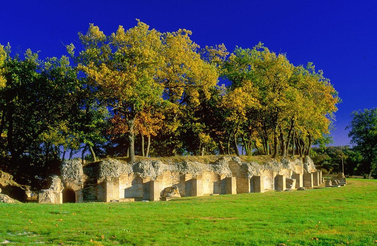 Anfiteatro romano: l'insegnamento che viene dalle Marche